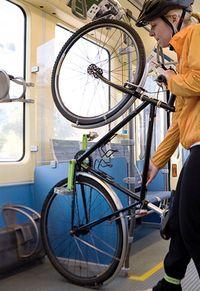 Bikeontrain_2