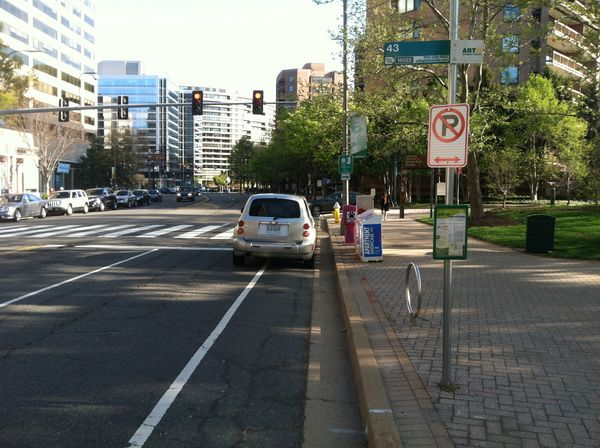 ArlCo Vehicle in bike lane 2014
