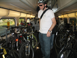 Caltrain_bike_car